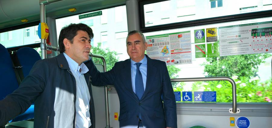 Desde hoy los vecinos del Ensanche Sur de #Alcorcón pueden disfrutar de tres paradas más en la línea interurbana de autobús 516