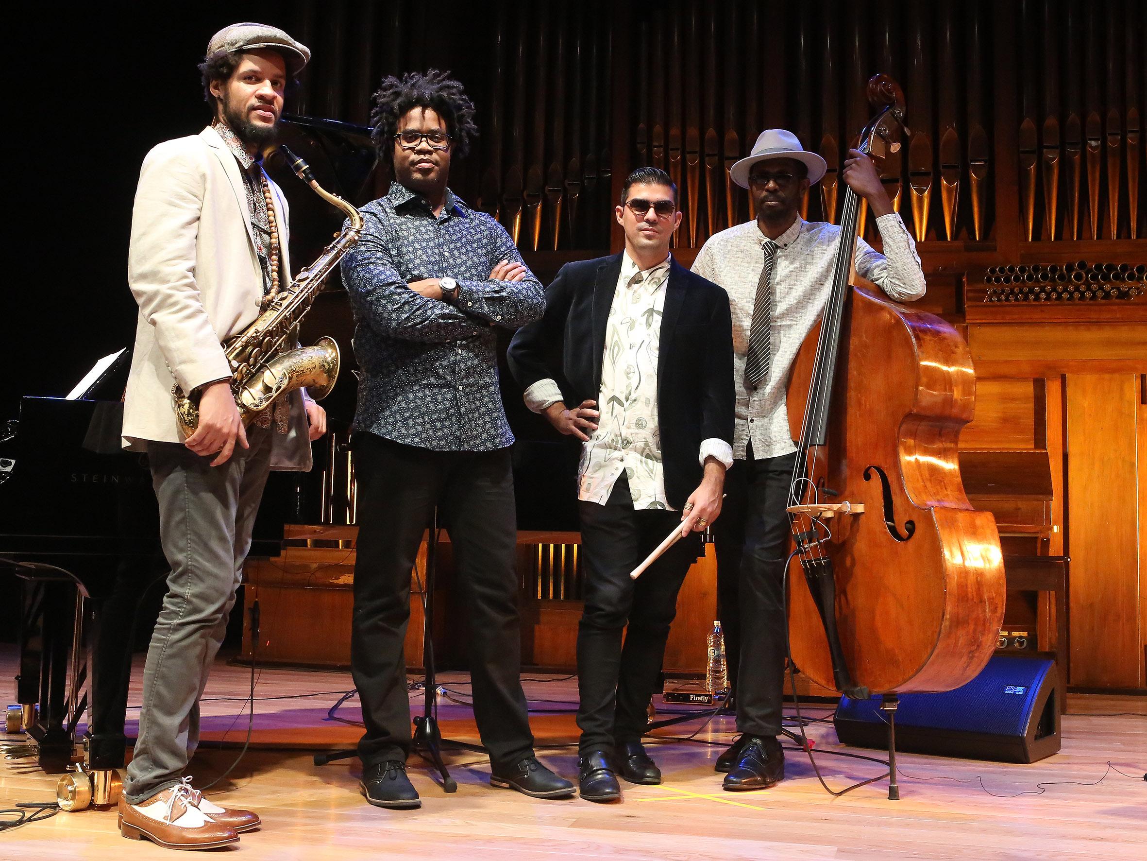 """Texto Alternativo: Vuelve el Club de Jazz al Teatro del Bosque con Iván """"Melón"""" Lewis Grupo"""