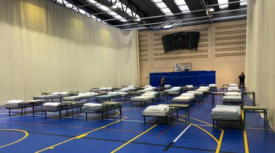 Texto Alternativo: El Ayuntamiento de Leganés habilita un hospital de campaña con 70 camas que podría ampliarse hasta las 150