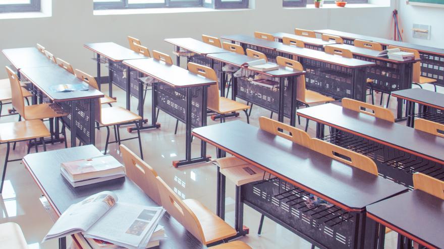 Texto Alternativo: Enviamos a los centros educativos instrucciones para organizar la vuelta a la actividad presencial