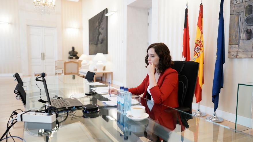 Texto Alternativo: Díaz Ayuso reclama al Gobierno diálogo con Madrid para el reparto de fondos por el COVID-19