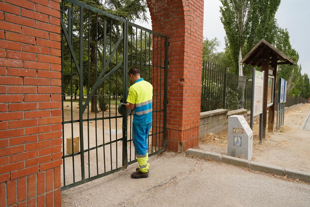 Texto Alternativo: Móstoles cierra los principales parques de la ciudad por la previsión de fuertes tormentas