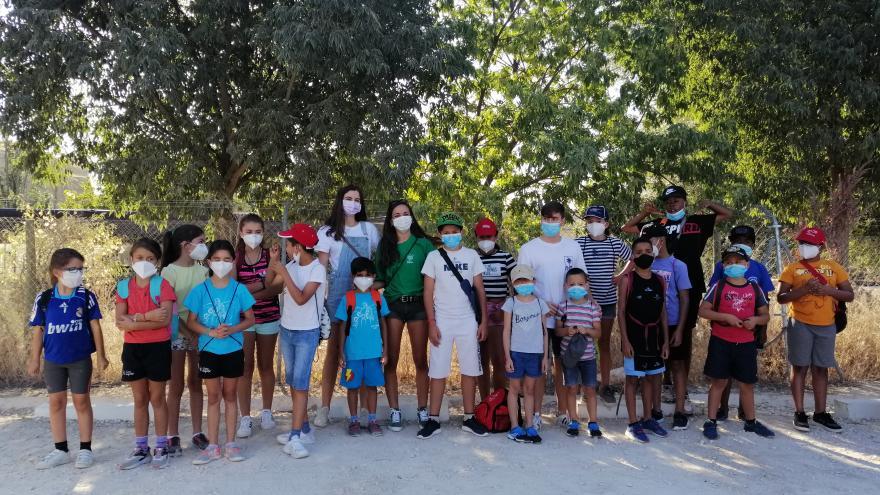 Texto Alternativo: Visita menores tutelados por la CAM al centro educación ambiental El Campillo en Rivas-Vaciamadrid