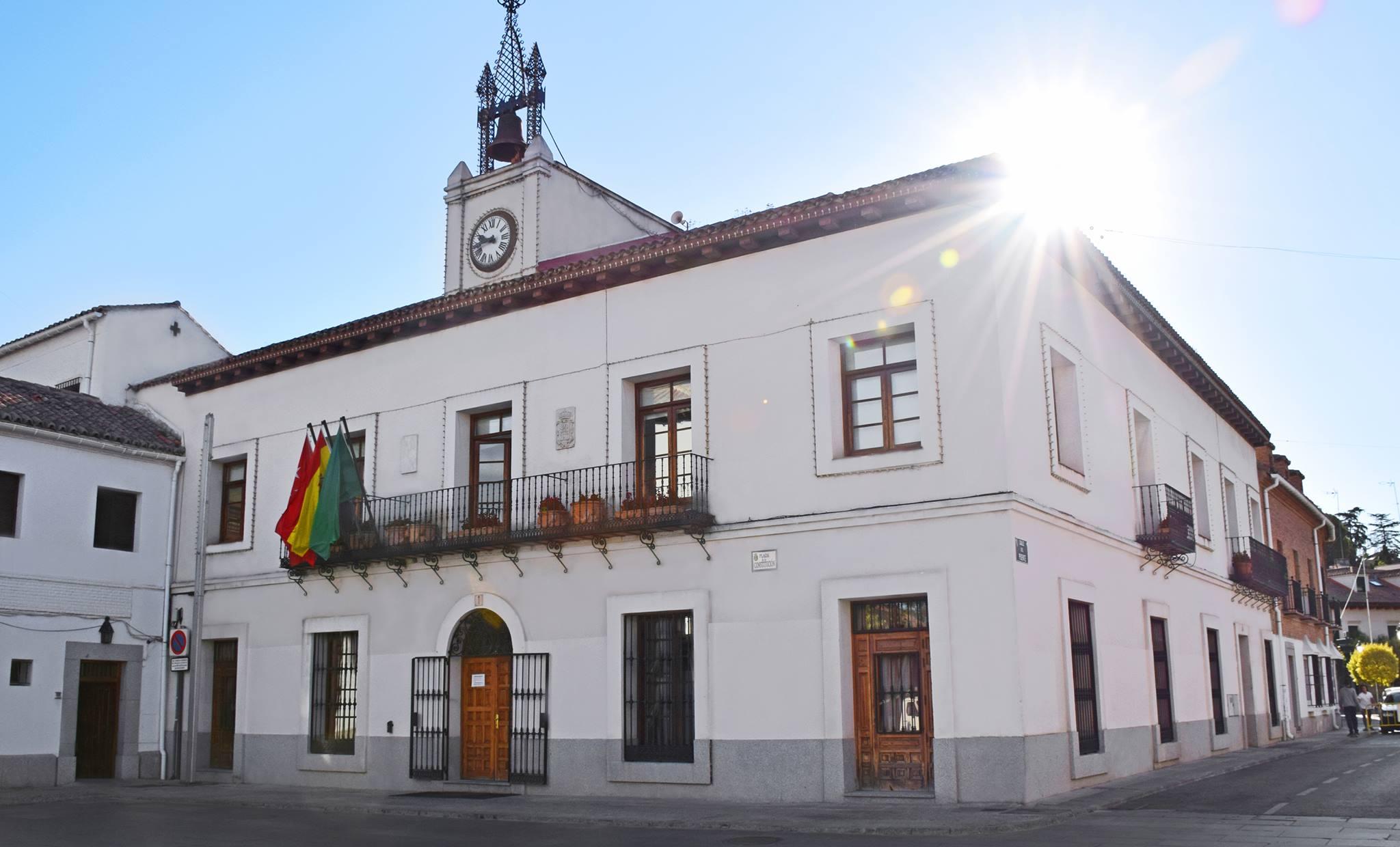 Texto Alternativo: Hoy las dependencias municipales permanecerán cerradas por festividad local
