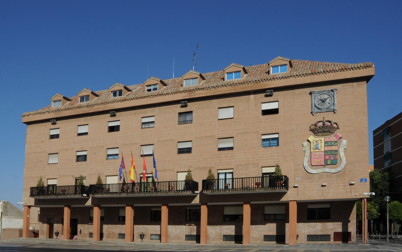 Texto Alternativo: Comunicado de las Alcaldesas y Alcaldes de Alcalá de Henares, Alcorcón, Fuenlabrada, Getafe, Leganés, Móstoles y Parla sobre las medidas aprobadas por el Consejo Interterritorial de España
