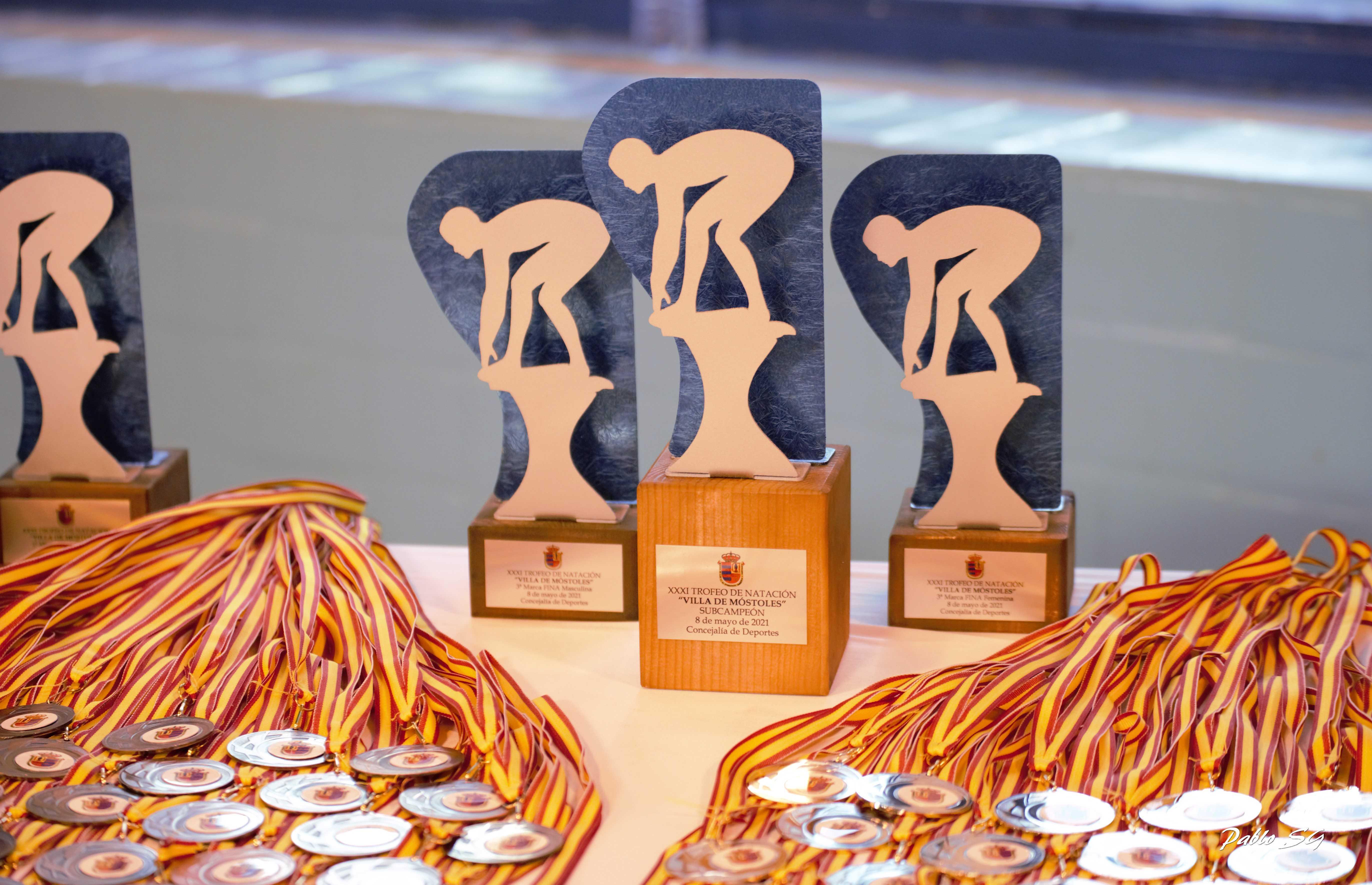 Texto Alternativo: La AD Natación Móstoles, campeona del XXXI Trofeo de Natación Villa de Móstoles