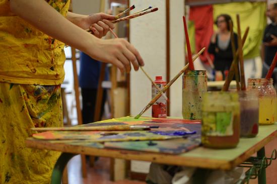 Texto Alternativo: Los alumnos de los talleres culturales del Ayuntamiento muestran los trabajos realizados durante este curso
