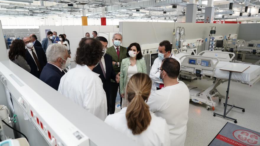 """Texto Alternativo: Díaz Ayuso el Gobierno de la Comunidad de Madrid presenta a Europa el Zendal como el """"hospital al servicio de los demás hospitales"""""""